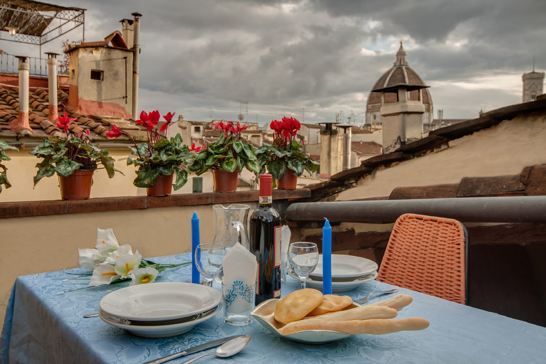 Florence Apartments - Lovenest loft with terrace Duomo view